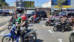 Sensasi Start Balapan MotoGP di Perempatan Lampu Merah Bantul