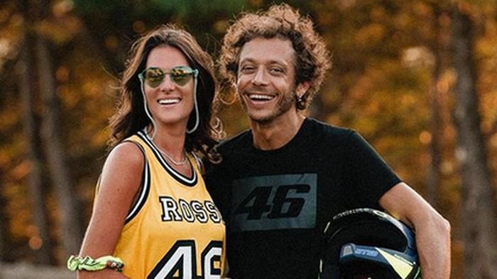 Francesca Sofia Novello dan Valentino Rossi