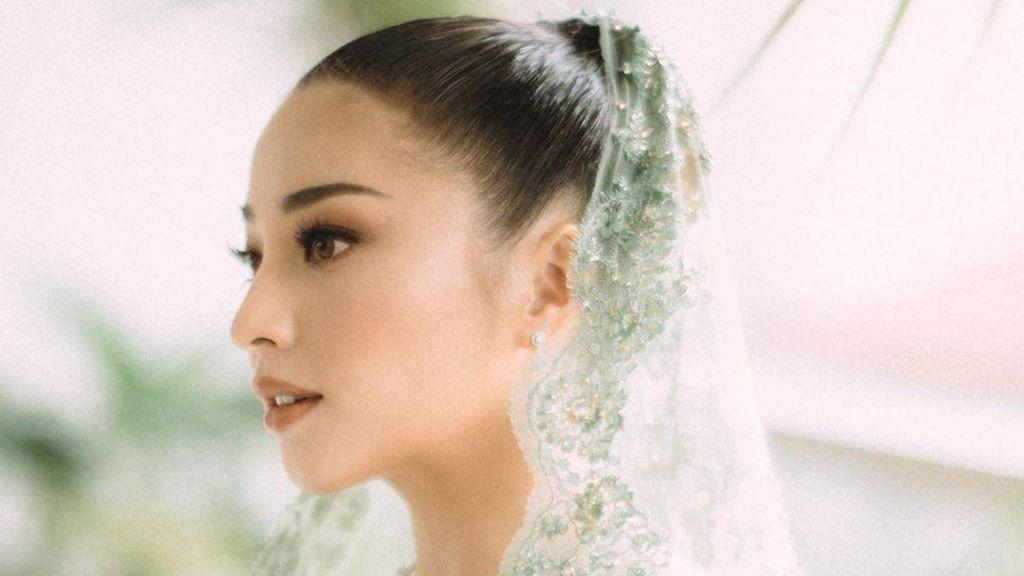 Kisah di Balik Kebaya Lamaran Nikita Willy Diungkap Sang Desainer
