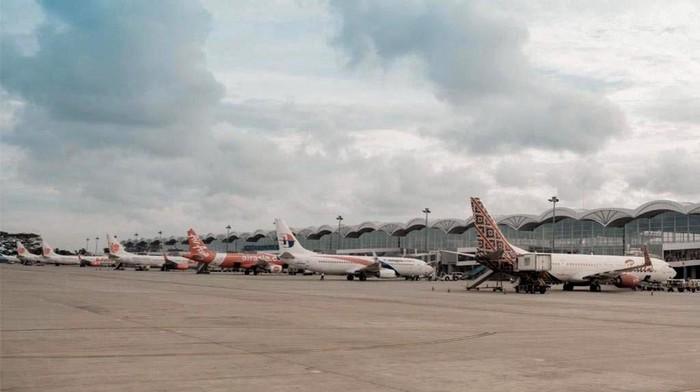 PT Angkasa Pura II kenalkan program Safe Travel Campaign. Program itu diharapkan dapat membuat warga merasa aman saat bepergian dengan pesawat di era new normal