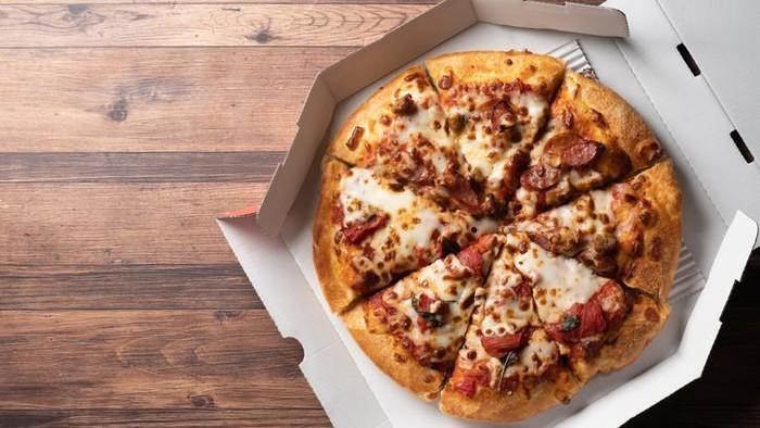 Kurir Pizza Dapat Tip Rp 1,4 Juta