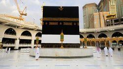 Umroh Dibuka Bertahap 4 Oktober, Usia Jamaah Dibatasi Minimal 18 Tahun