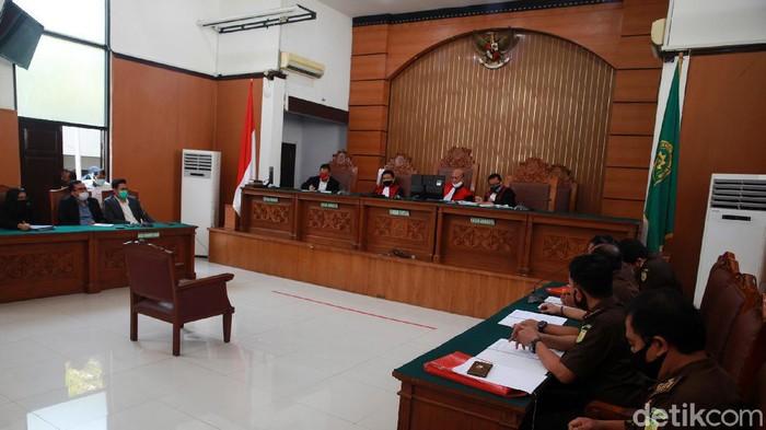 Pengadilan Negeri Jakarta Selatan kembali menggelar sidang peninjauan kembali (PK) Djoko Tjandra, Senin (27/7/2020). Sidang tanpa dihadiri Djoko Tjandra.