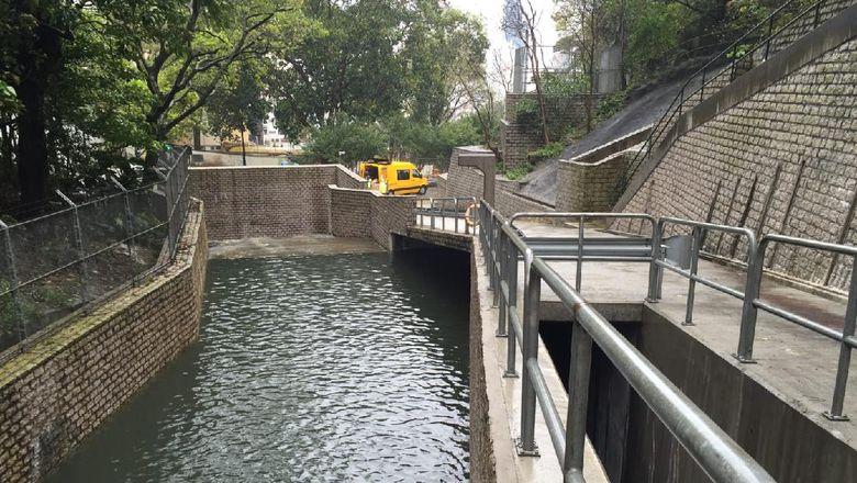 Sistem anti banjir di Hong Kong