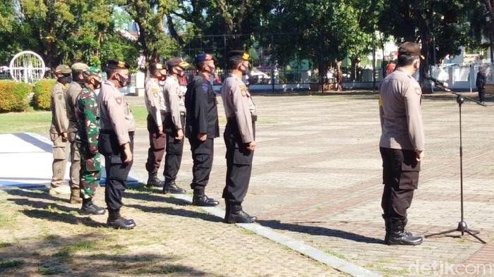 Apel persiapan pengamanan pengosongan Stadion Mattoanging di Rujab Gubernur Sulsel (Hermawan-detikcom).