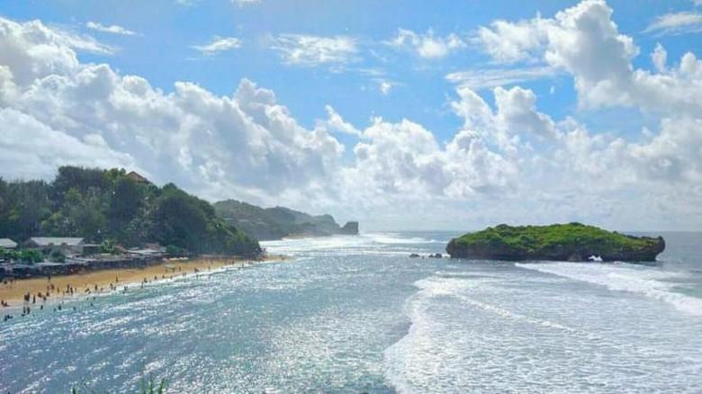 Bagus Juga Ya, Pantai Sadranan di Yogyakarta