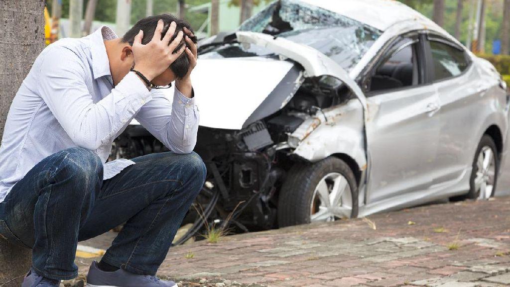Ini yang Harus Dilakukan Saat Kecelakaan Berkendara