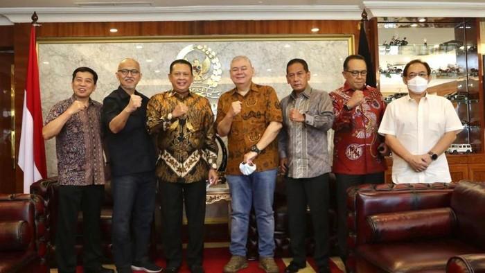 Ketua MPR Bambang Soesatyp