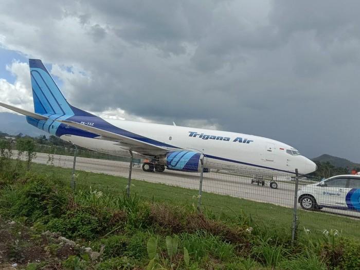 Pesawat Trigana Air mengalami insiden saat mendarat di Bandara Wamena (dok. Polda Papua)