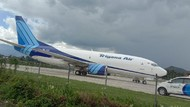 Sayap Trigana Air Rusak usai Mendarat Miring di Bandara Wamena