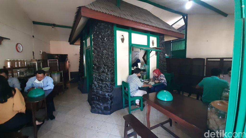 Sate Gebug di Malang