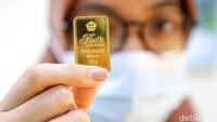 Ciloko! Harga Emas Antam Sudah Anjok Rp 104.000 dari Rekor Tertinggi