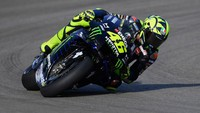 Motor Yamaha Bikin Rossi Lebih Pede, Ini Salah Satu Ubahannya