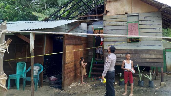 Nelayan di Aceh bakar rumah saudara kandung.