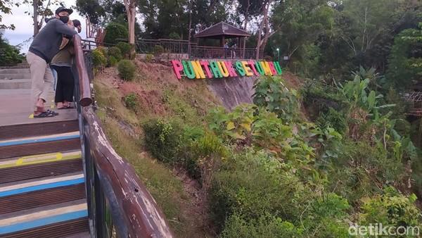 Punthuk Setumbu tepatnya berada di Dusun Kurahan, Desa Karangrejo, Kecamatan Borobudur. (Eko Susanto/detikcom)