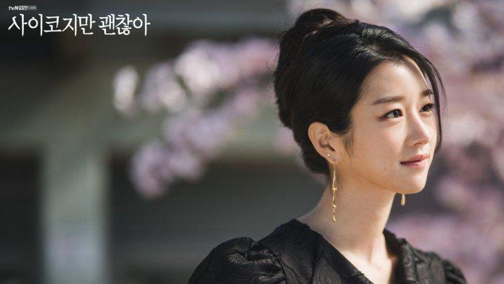 Menilik Busana Termahal Seo Yea Ji di Its Okay to Not Be Okay