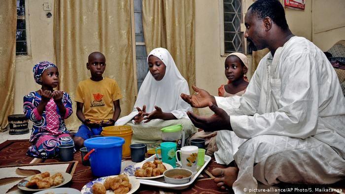 anjuran makan sebelum shalat idul adha