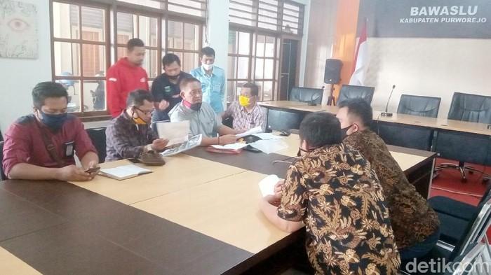 Bapaslon independen Purworejo Slamet-Suyanto mengajukan sengketa ke Bawaslu
