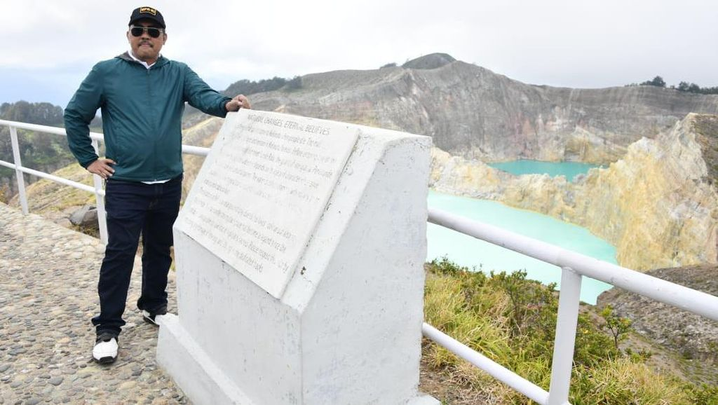 Tinjau Kelimutu, MPR Minta Ada SMK Pariwisata di Flores