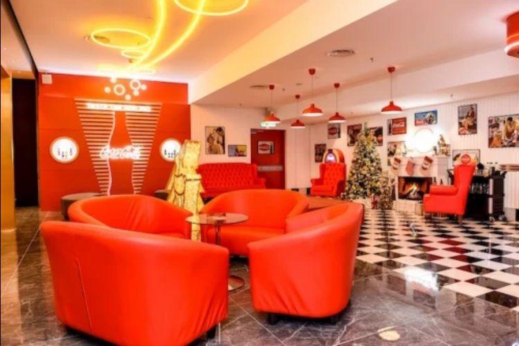 Kafe Coca-Cola Pertama di Dunia