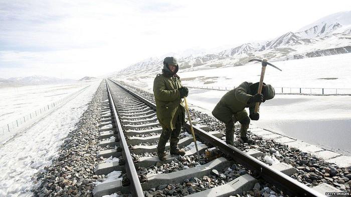 Konflik China-India: Dua rival berlomba bangun infrastruktur di perbatasan Himalaya yang menjadi sengketa