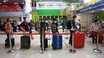 Menengok Suasana Mudik Idul Adha di Stasiun Gambir