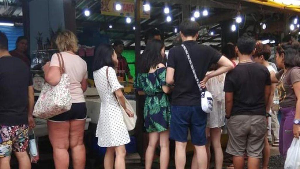 Foto: Ramainya Pasar Malam ala Thailand
