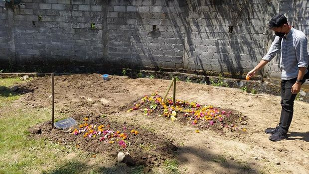 Pemakaman Ajip Rosidi
