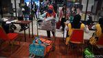 Pengecekan Surat Kesehatan Calon Pemudik di Bandara