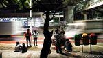 Rela Menanti di Terminal Bayangan Demi Kampung Halaman