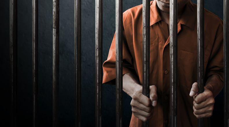 Senang masuk penjara karena bisa makan gratis