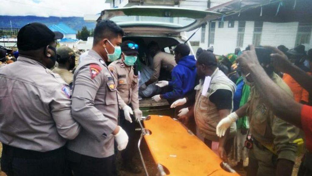 Empat Korban Tanah Longsor di Papua Berhasil Dievakuasi Setelah 3 Hari