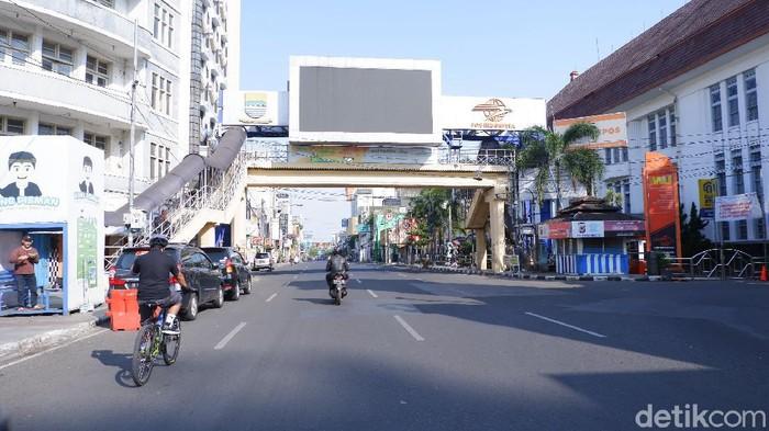 Jalanan Bandung lenggang di hari H lebaran Idul Adha
