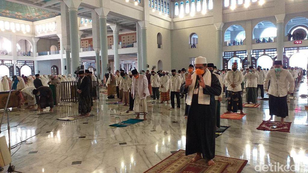 Umat Muslim Jambi Boleh Salat Id di Masjid-Lapangan Terbuka