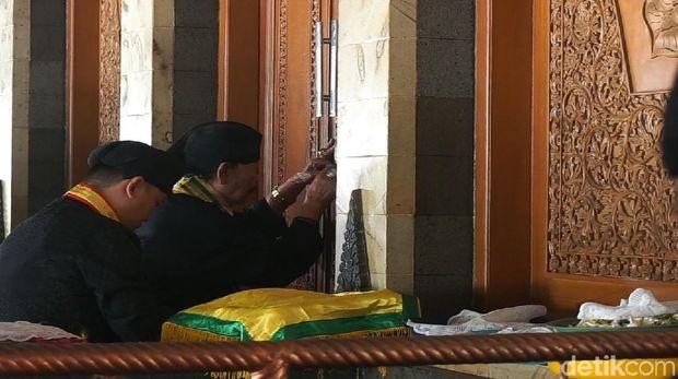 Tradisi Penjamasan Sunan Kalijaga di Demak