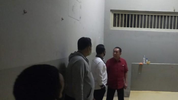 Djoko Tjandra dalam sel tahanan nomor 1 Rutan Salemba cabang Bareskrim Polri