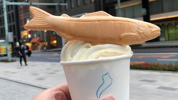 Es Krim Rasa Sushi Beraroma Busuk