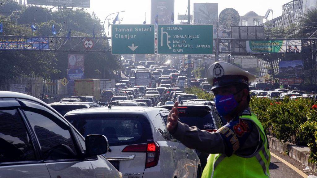 Libur Idul Adha, Volume Kendaraan dari Jakarta ke Puncak Bogor Naik 30%