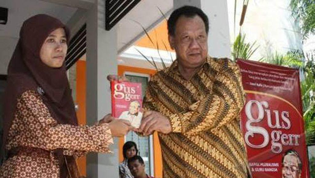 Profil Almarhum KH Hasyim Wahid atau Gus Im, Adik Bungsu Gus Dur