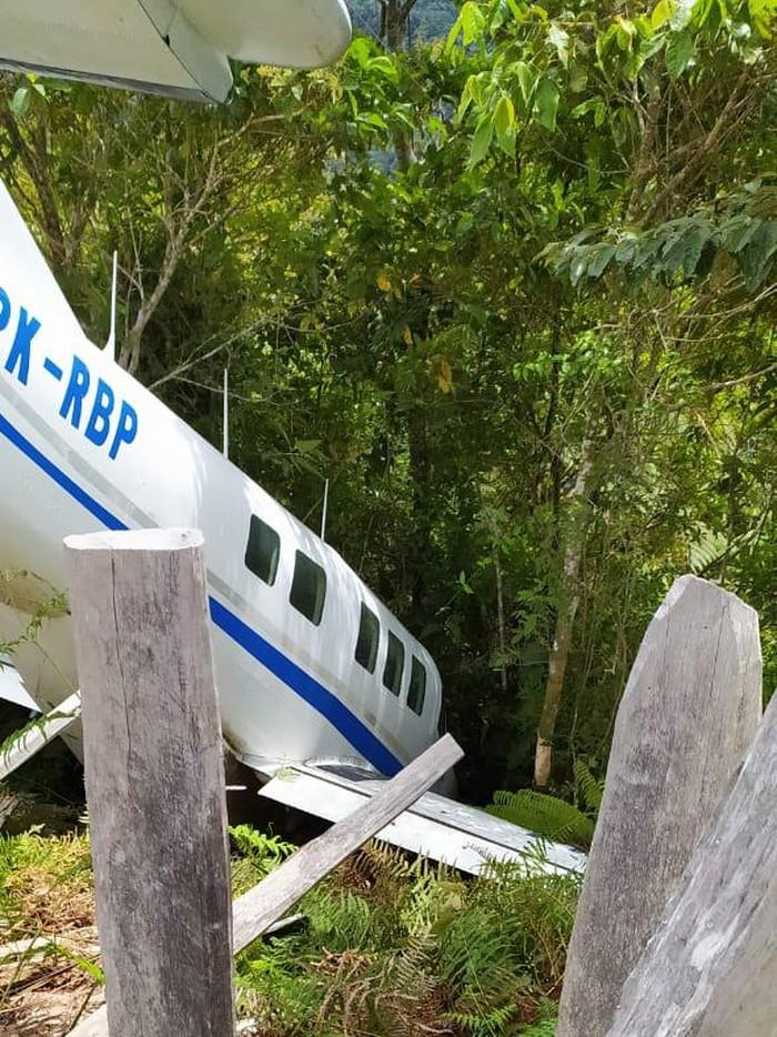 Pesawat mengangkut bansos sembako tergelincir di Bandara Enarotali, Paniai (Dok. Polda Papua)