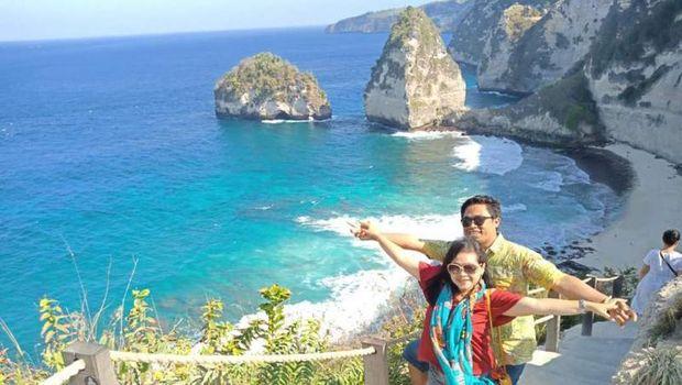 Wisatawan di Nusa Penida