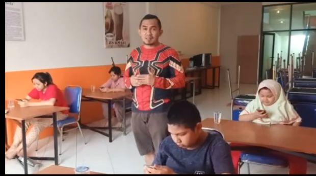 wifi gratis untuk anak sekolah