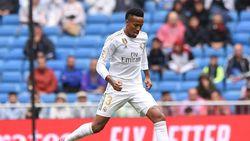Kejar Gol Perdana di Madrid, Eder Mau Bobol Gawang Man City