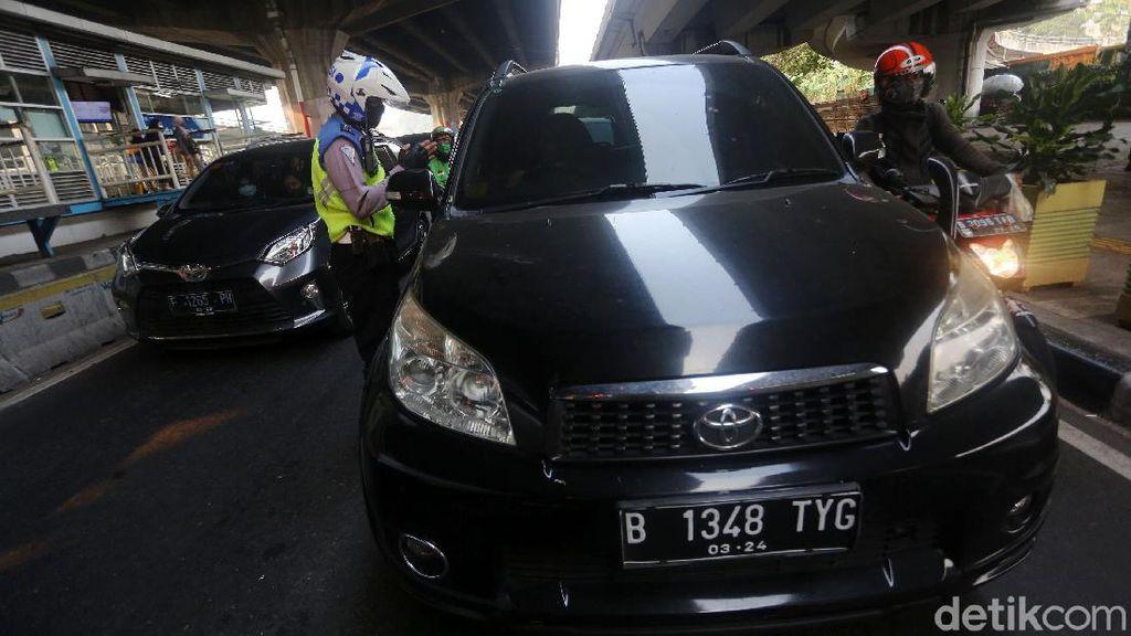 Polisi Klaim Ganjil Genap Turunkan Kepadatan Lalu Lintas Sampai 40%