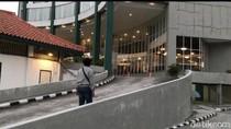 Seorang Anggota DPRD Belitung Dijemput di Hotel karena Positif Corona