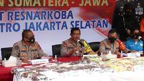 Penyelundupan Ganja 160 Kg Dibungkus Lembar LKS Digagalkan di Bogor