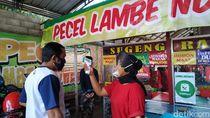 Tak Takut Sepi, Penjual Pecel di Blitar Tolak Pembeli Bersuhu Badan Tinggi