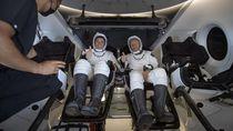 Detik-detik Astronaut NASA Mendarat di Bumi dengan Kapsul SpaceX