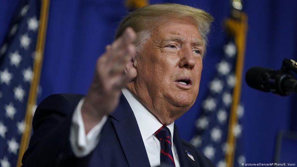 Trump Setuju Perpanjang Bantuan Rp 363 T untuk Industri Penerbangan