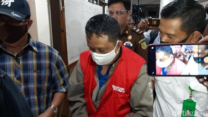 Buronan kasus korupsi di Pertamina Marine Cilacap Rp 4 miliar, Paulus Andriyanto, ditangkap Kejari Cilacap, Selasa (4/8/2020).